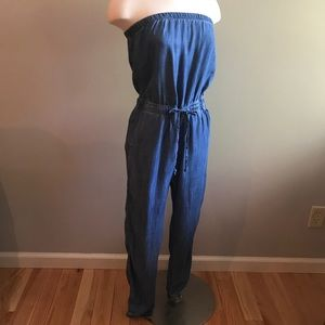 🎀NEW🎀BANANA REPUBLIC Strapless Chambray Jumpsuit
